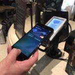 Безопасно ли платить с Apple Pay