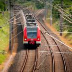 В пригородных поездах