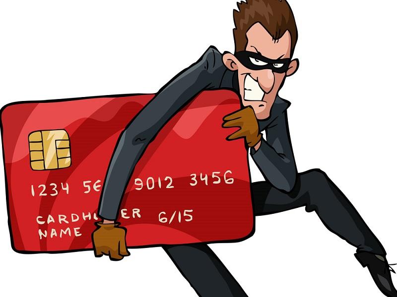 Можно ли давать номер банковской карты чужому для перевода денег