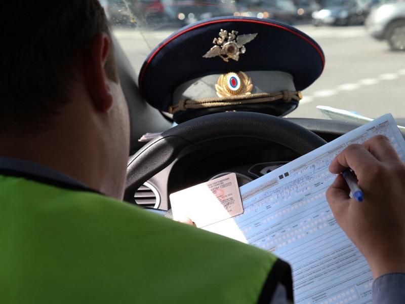 Должен ли другой владелец авто оплачивать штрафы гибдд за другого человека