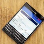 Через SMS-банкинг